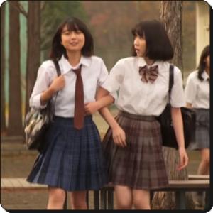 上白石萌歌と永野芽郁 3年A組